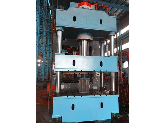400T四柱液压机